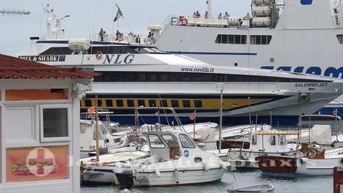capri 902 schnellfaehre nach capri 500