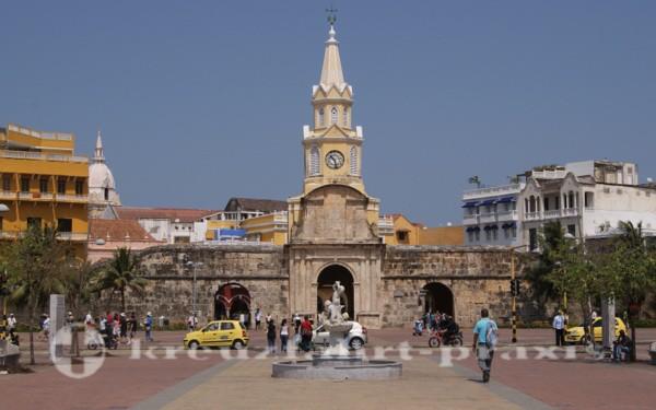 Cartagena - Puerta y Torre del Reloj