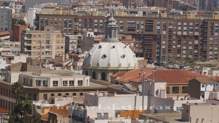 Kuppel der Basilica Caridad de Cartagena