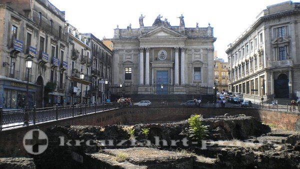 Catania -Chiesa di San Biagio und Reste des römischen Theaters