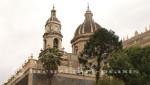 Glockenturm und Kuppel der Kathedrale