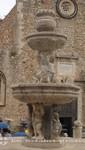 Taormina - Barockbrunnen vor dem Dom