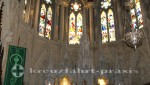 Kathedrale von Cobh - Alltar und Kirchenfenster