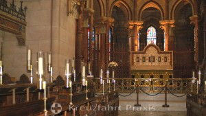 Cork - Saint Fin Barre's Cathedral - Altar