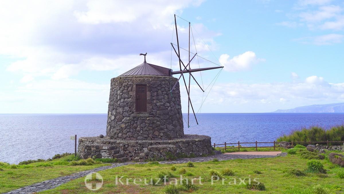Windmill in Vila do Corvo