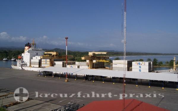 Costa Rica - Hafen von Moin