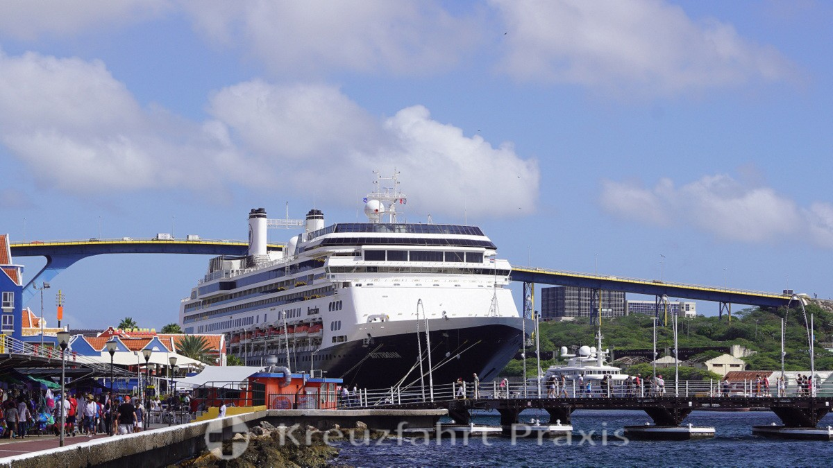 MS Rotterdam at Mathey Wharf with the Koningin Emmabrug