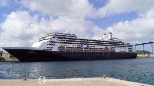 Mathey Wharf mit MS Rotterdam