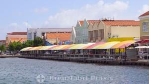 Willemstads Floating Market im geschlossenen Zustand