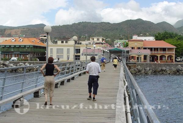 Dominica - Die Mole von Roseau