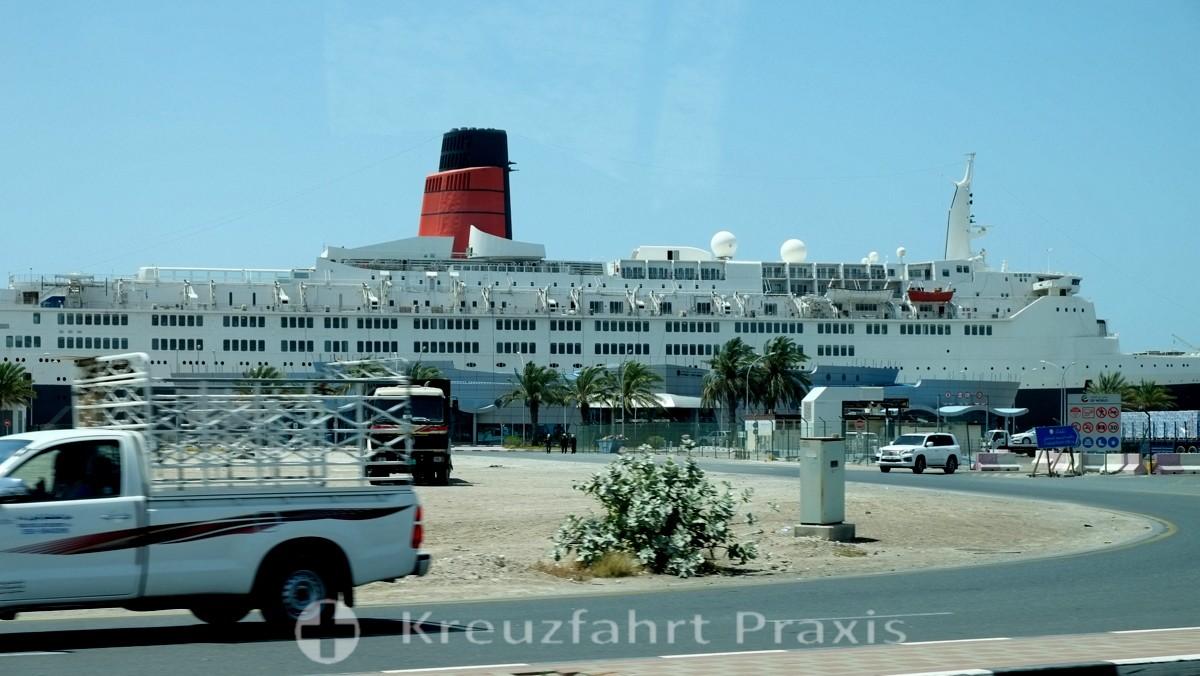 Hotelschiff Queen Elizabeth 2