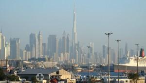Burj Khalifa vom Kreuzfahrtschiff gesehen
