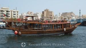 Dubai Creek - Restaurantschiff
