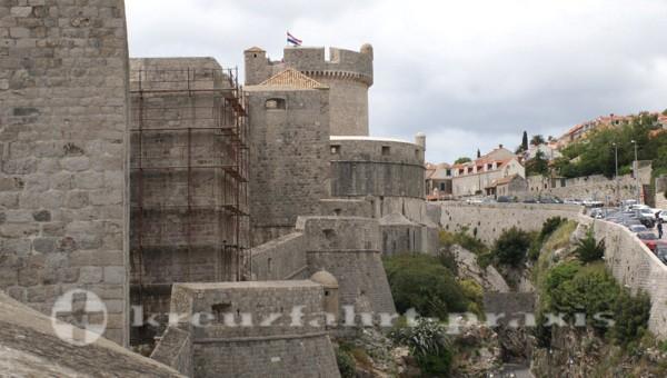 Dubrovniks monumentale Stadtmauer