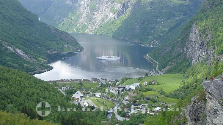 Aussichtspunkt über dem Geirangerfjord