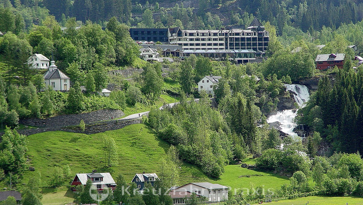 Geiranger - Hotel Union, in front of the waterfall