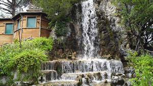 Cascade in the Villetta di Negro park