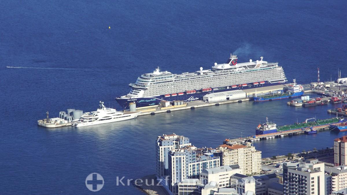 Die neue Mein Schiff 2 an Gibraltars Cruise Terminal