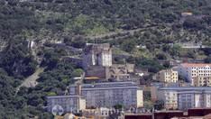 Das Moorish Castle vom Hafen gesehen