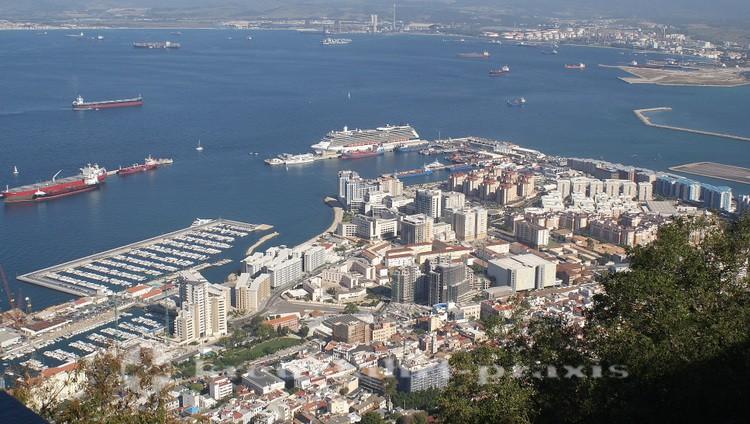 Gibraltar - Zentrum - Vom Upper Rock gesehen