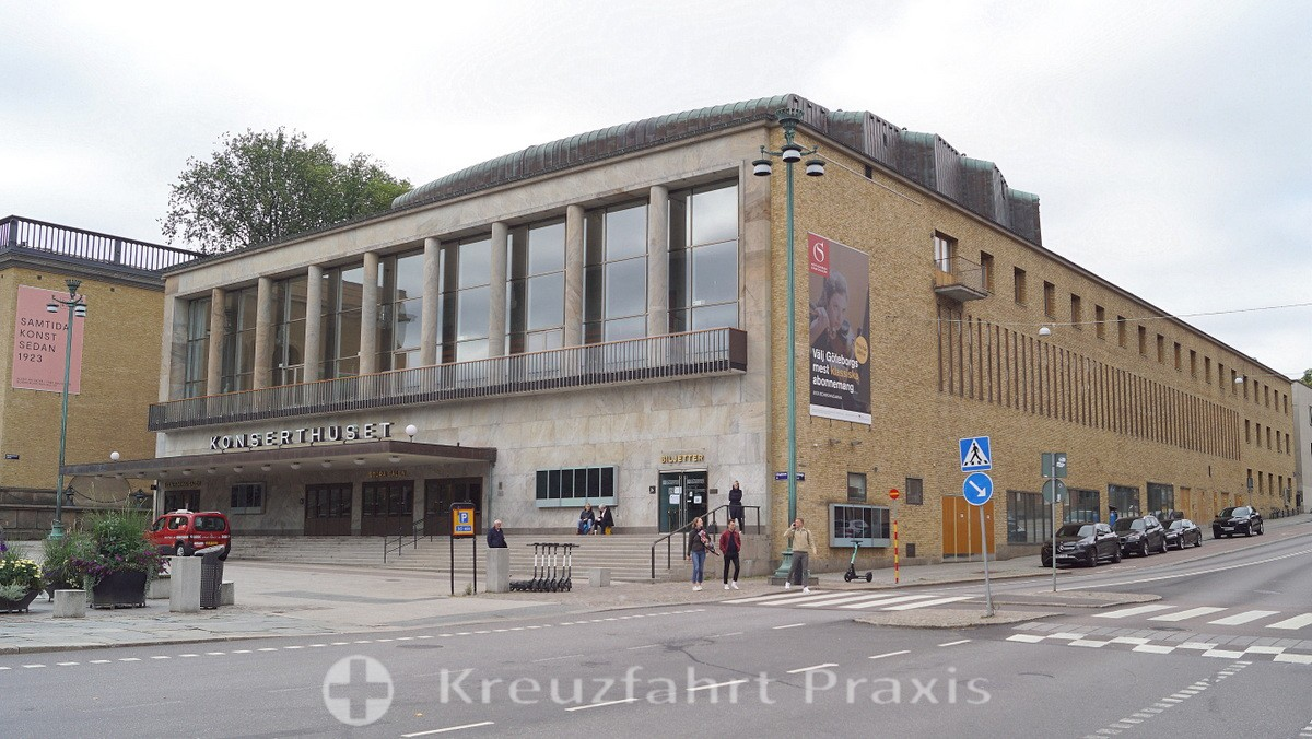 Göteborg - Götaplatsen with concert hall