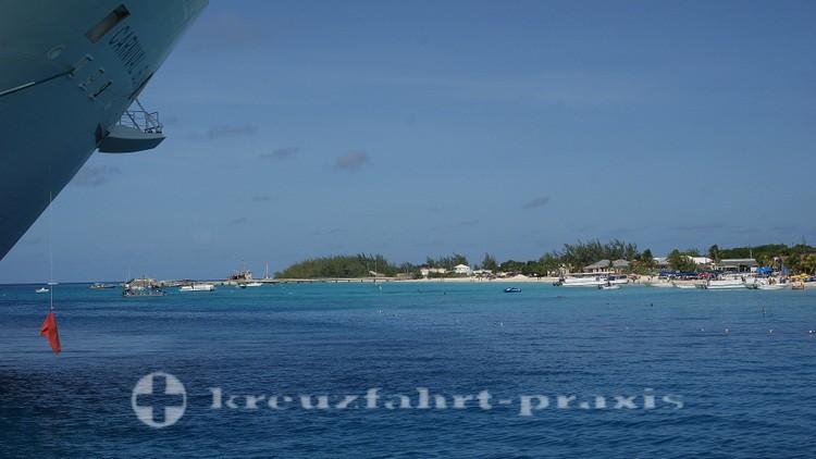 Grand Turk - Strandabschnitt nördlich des Cruise Centers