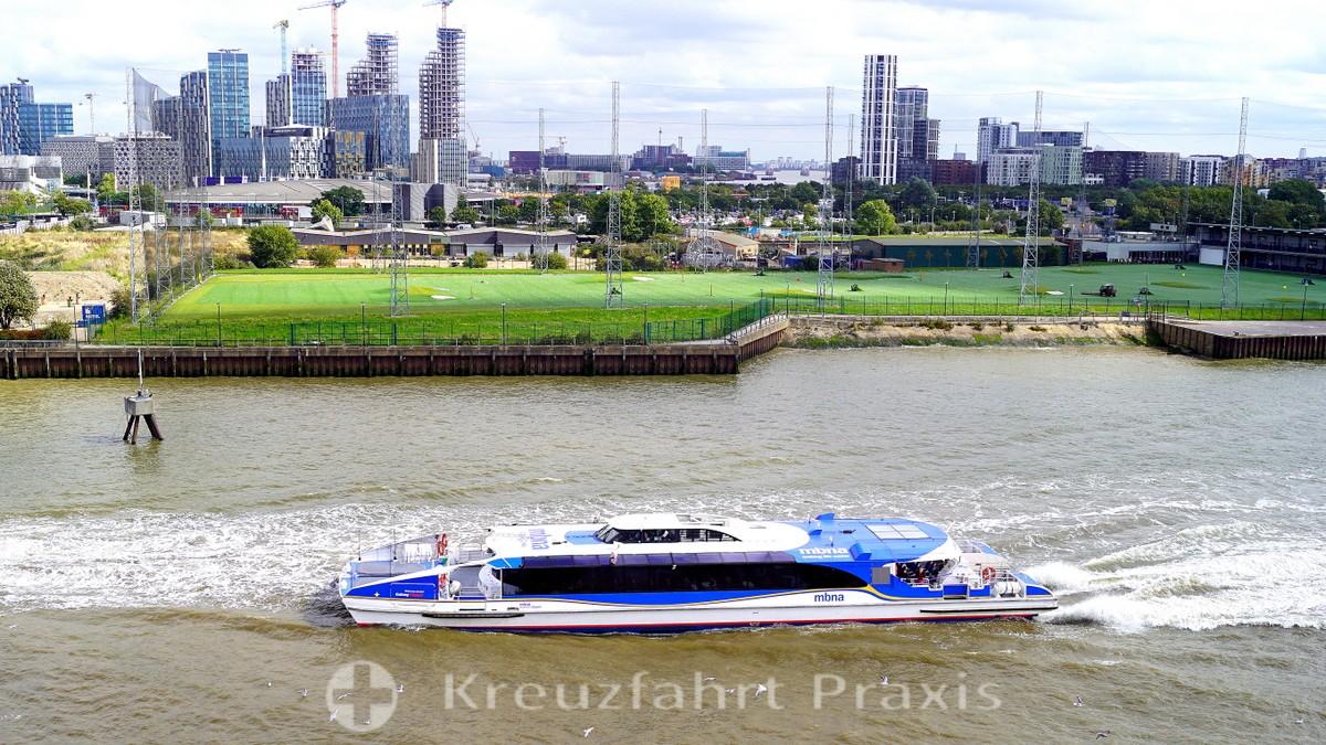 Thames Clipper ship
