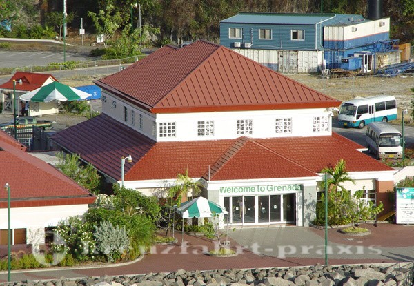 Grenada - Welcom Centre St. Georges