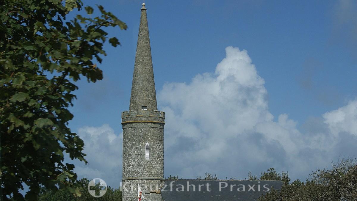 Turm der Torteval Church im Südwesten Guernseys