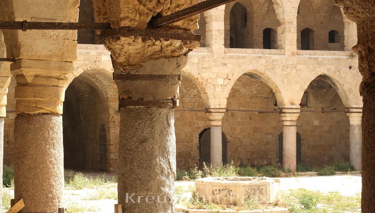 Khan al Umdan caravanserai