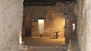Akko - underground fortress - workroom