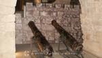 Akko - Die Ritterhalle mit Kanonen aus osmanischer Zeit