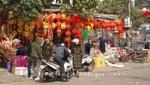 Straßenhändler in Halong City