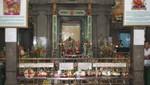 Im Inneren des Mariamman Hindu Tempel