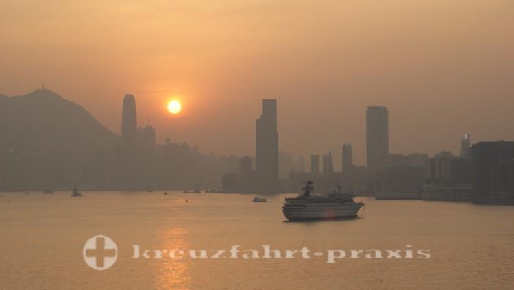 Good Bye Hongkong