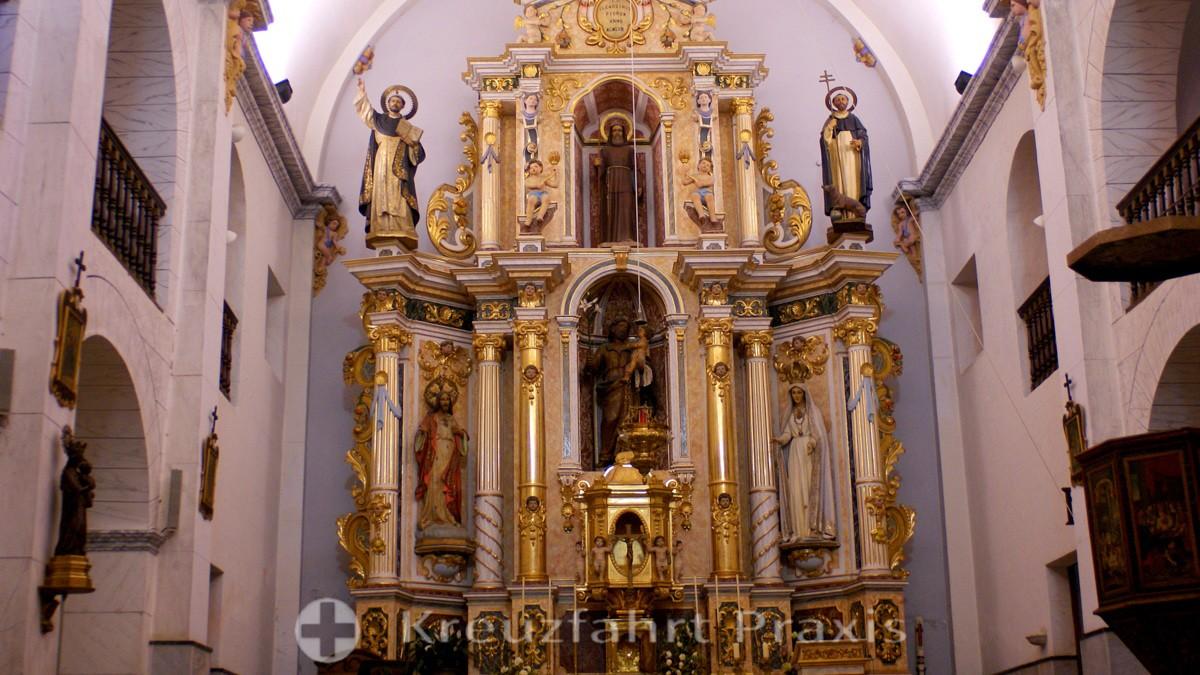Nave of the Sant Josep Church