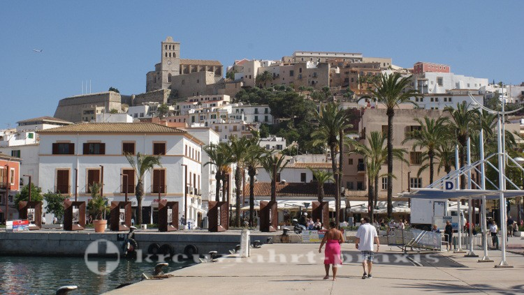 Ibiza-Stadt - Estación Maritima