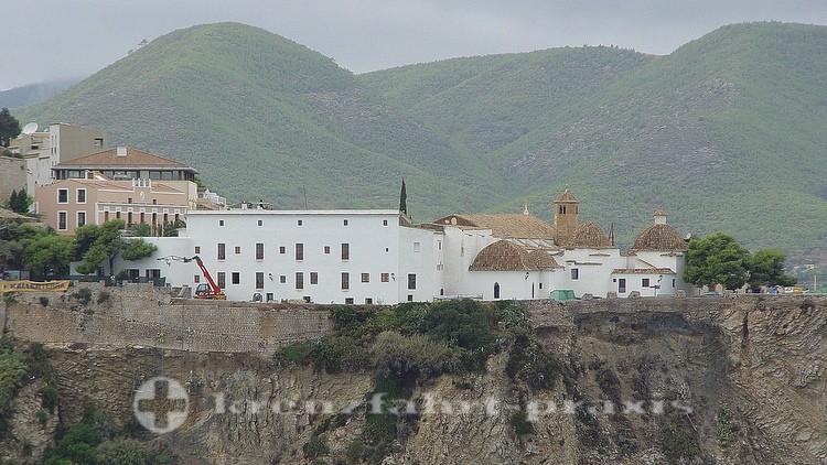 Ibiza-Stadt - Das Rathaus von See gesehen