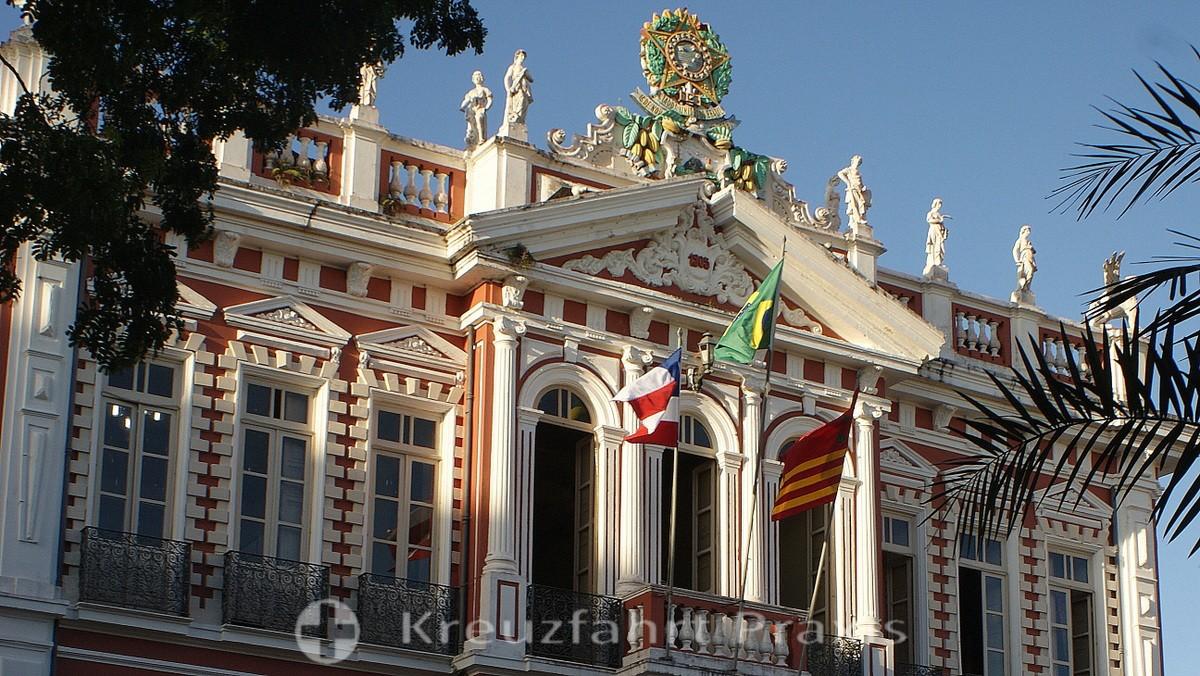 Ilhéus -Palacio Parangua - witness of past prosperity