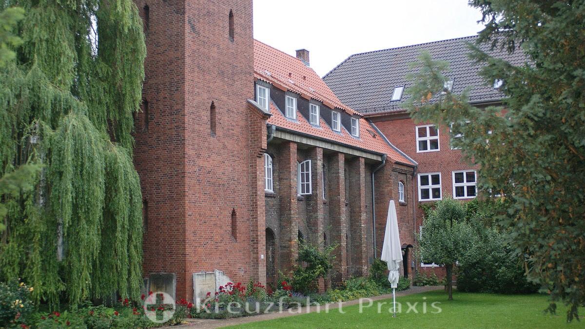 The Kiel monastery at the Klosterkirchhof