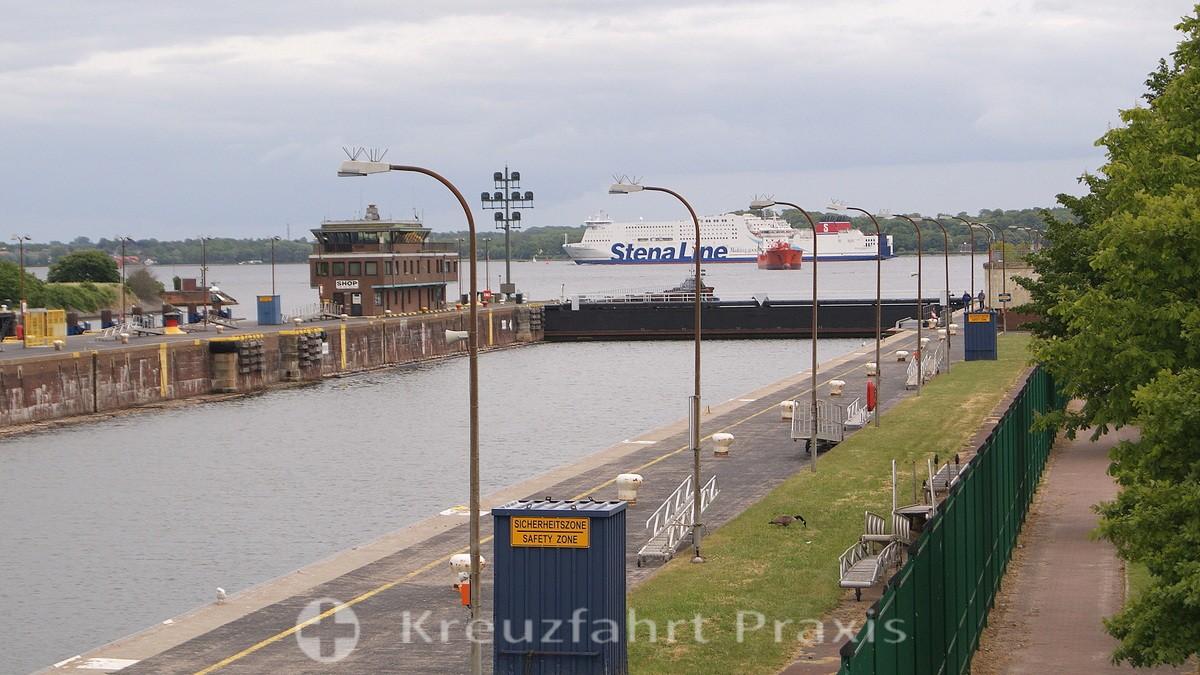 Kiel Canal - the Holtenau lock