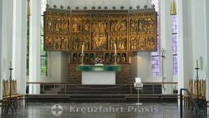 Sankt Nikolai Church - the winged altar