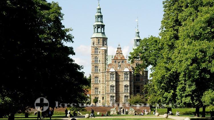 Schloss Rosenborg - Umgeben von Parkanlagen