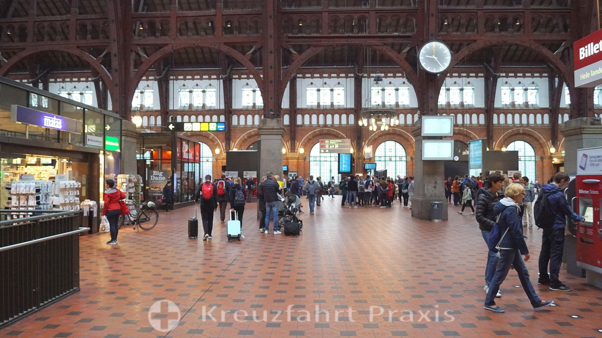 The waiting hall of Copenhagen Central Station