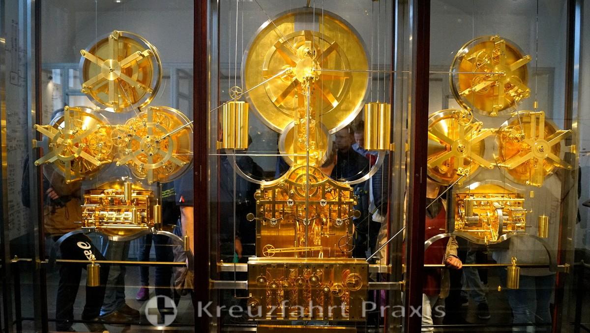 City Hall - astronomical clock