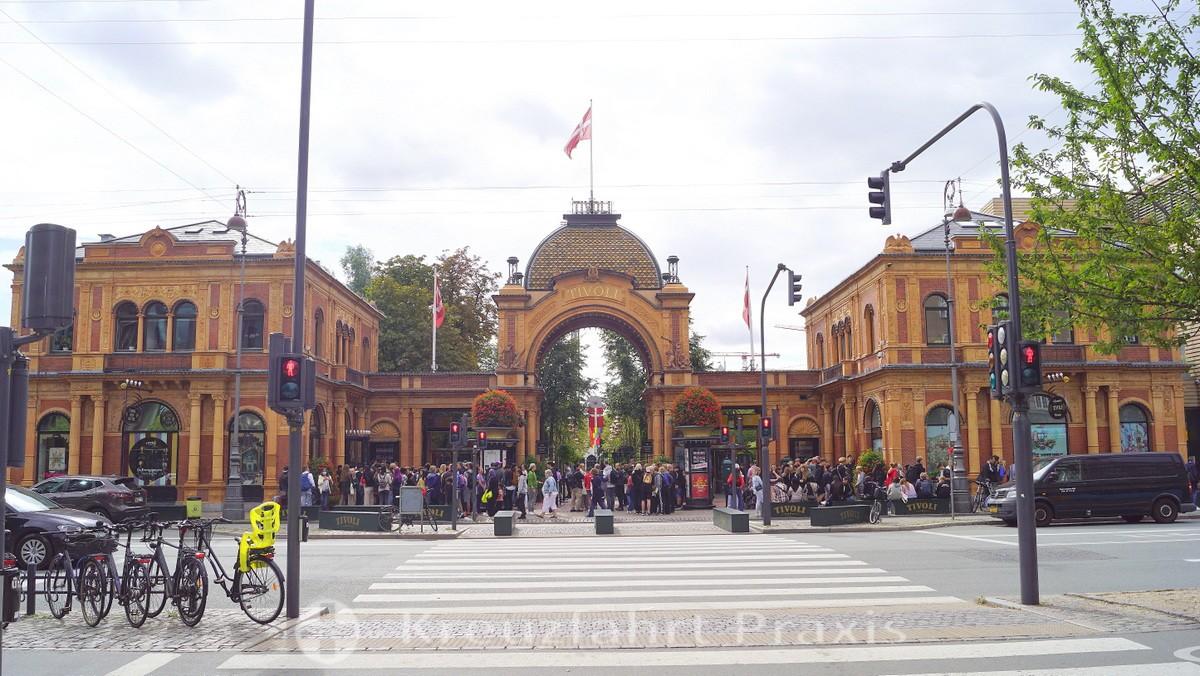 Tivoli - main entrance
