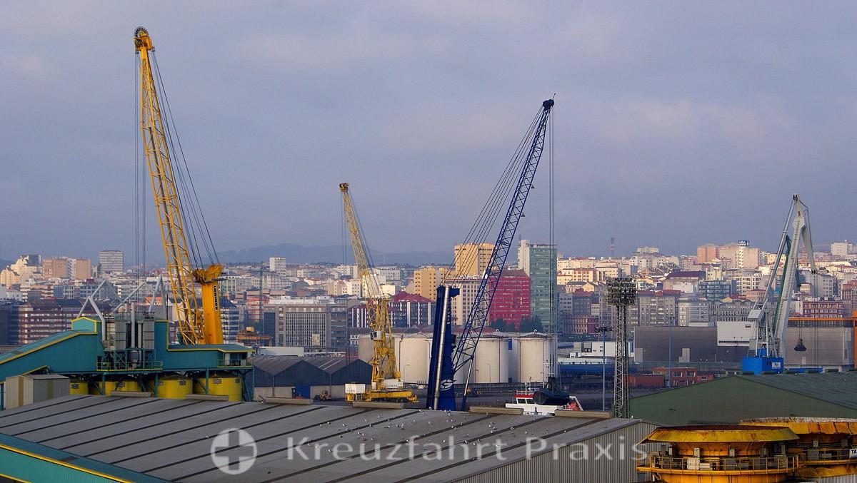 La Coruña - port facilities