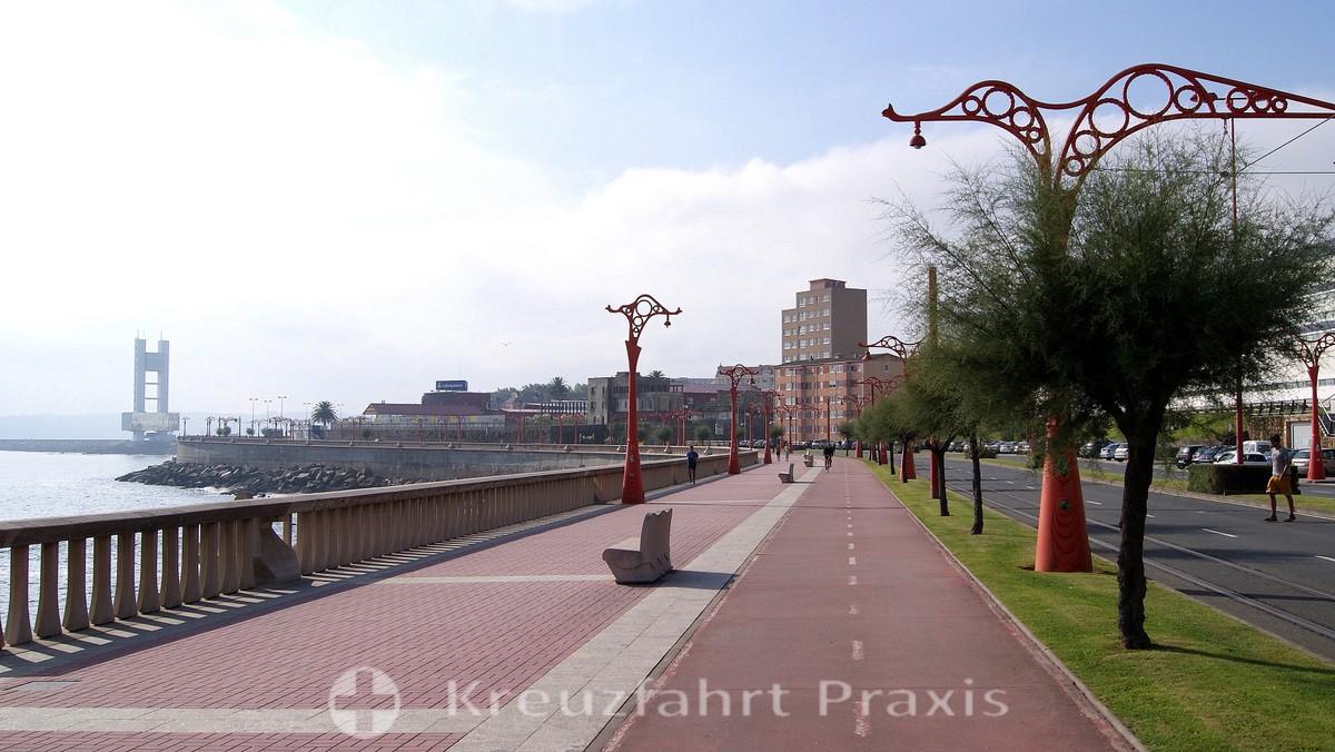 La Coruña - Promenade at Punta da Estrada