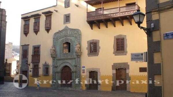 Las Palmas - Plaza del Pilar mit der Casa Museo de Colón