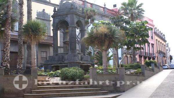 las palmas 729 plaza del espiritu santo
